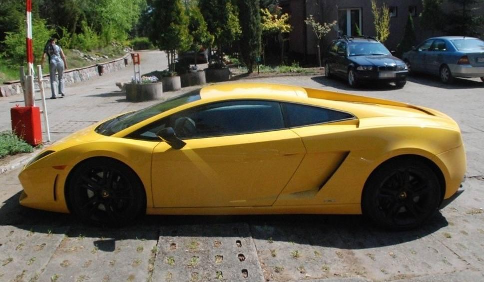 Pijany Porysował Drzwi W Luksusowym Lamborghini Gp24 Pl