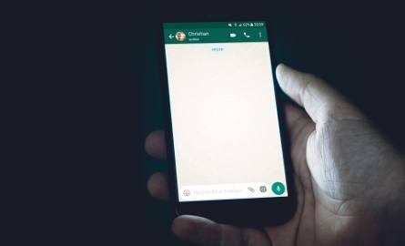 OLX ostrzega przed oszustami, którzy podszywają się pod portal i wyłudzają dane do karty i konta. Najczęściej do oszustwa dochodzi za pośrednictwem aplikacji