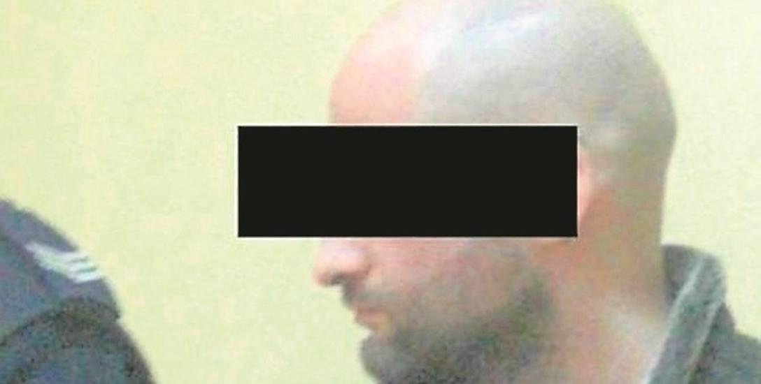 Oskarżony Bartłomiej H. wyrok przyjął spokojnie. Pokręcił tylko głową. Ilona H. nie chciała przyjść na ogłoszenie