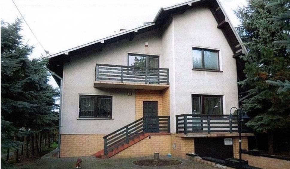 Film do artykułu: Licytacje komornicze domów LUTY 2021. Szansa, by kupić nieruchomość w okazyjnej cenie. Sprawdź oferty sprzedaży domów w woj. śląskim