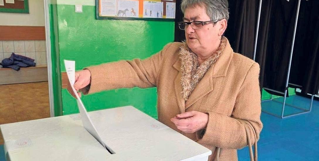 Głosowanie w SP1 w wyborach rad osiedli w roku 2015, kadencję wybranych wówczas rad przerwały wybory samorządowe z jesieni zeszłego roku i nowe są wybierane