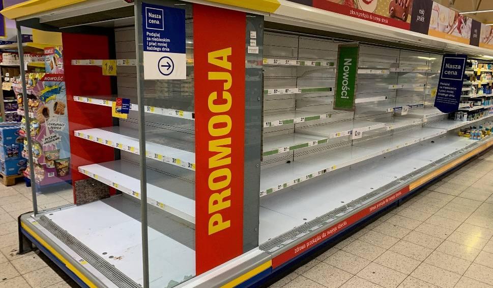 Film do artykułu: Puste półki w Tesco w Przemyślu. Zlikwidują sklep przy ul. Lwowskiej? [ZDJĘCIA INTERNAUTY]