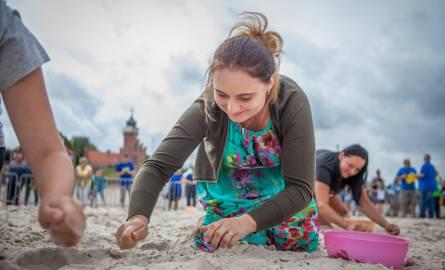 Na usteckiej plaży wschodniej, już po raz kolejny, odbyły się Mistrzostwa Polski w wypłukiwaniu bursztynu. Imprezę zorganizowali pracownicy usteckiego