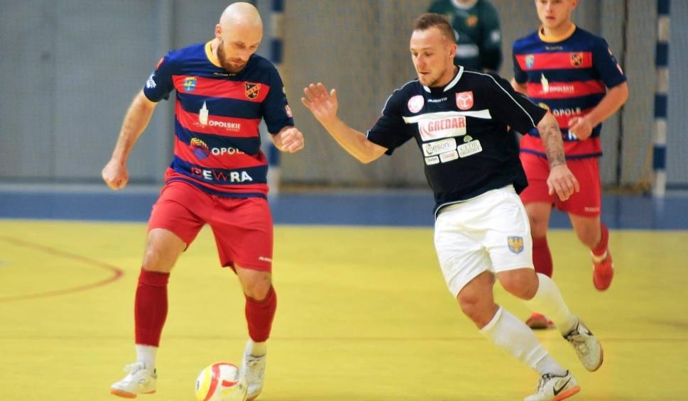 Film do artykułu: W futsalu po dwie męskie i żeńskie drużyny grają u siebie