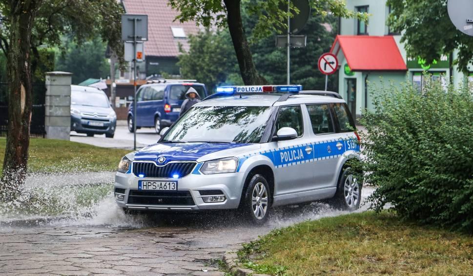 """Film do artykułu: Po wypadku w Woli Jachowej kierowca stracił prawko za """"rażące naruszenie przepisów ruchu drogowego"""""""