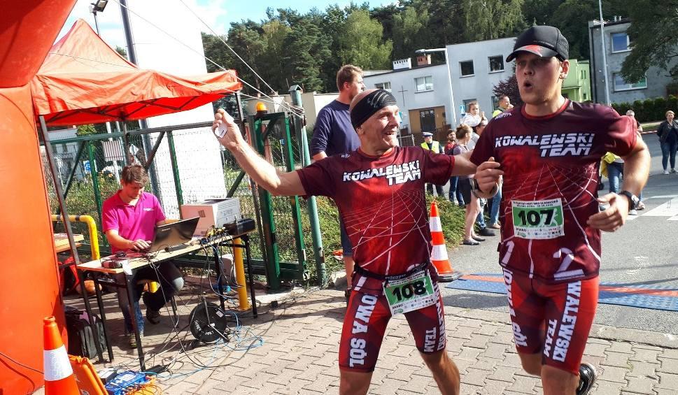 Film do artykułu: Charytatywny Bieg Gladiatora dla Rafała Adamczaka. Na trasie biegu pojawiło się blisko 500 gladiatorów. Brawo! [ZDJĘCIA, WIDEO]