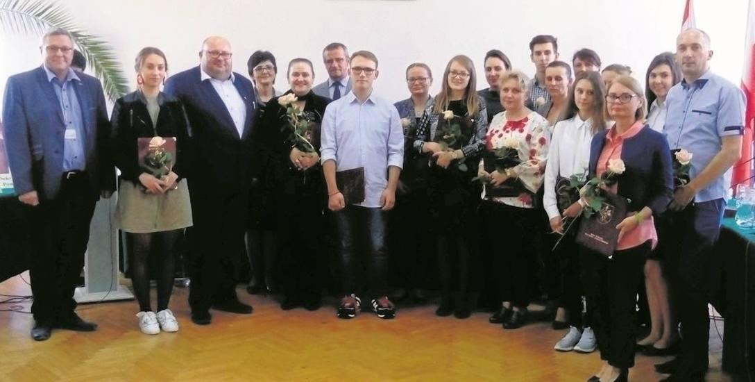 Uczniowie docenieni przez władze powiatu golubsko-dobrzyńskiego