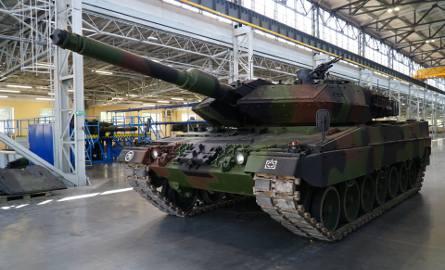 Modernizacja Leopardów to bardzo ważny program dla polskiej zbrojeniówki. We wtorek 18 czerwca na terenie Wojskowych Zakładów Motoryzacyjnych przy ulicy