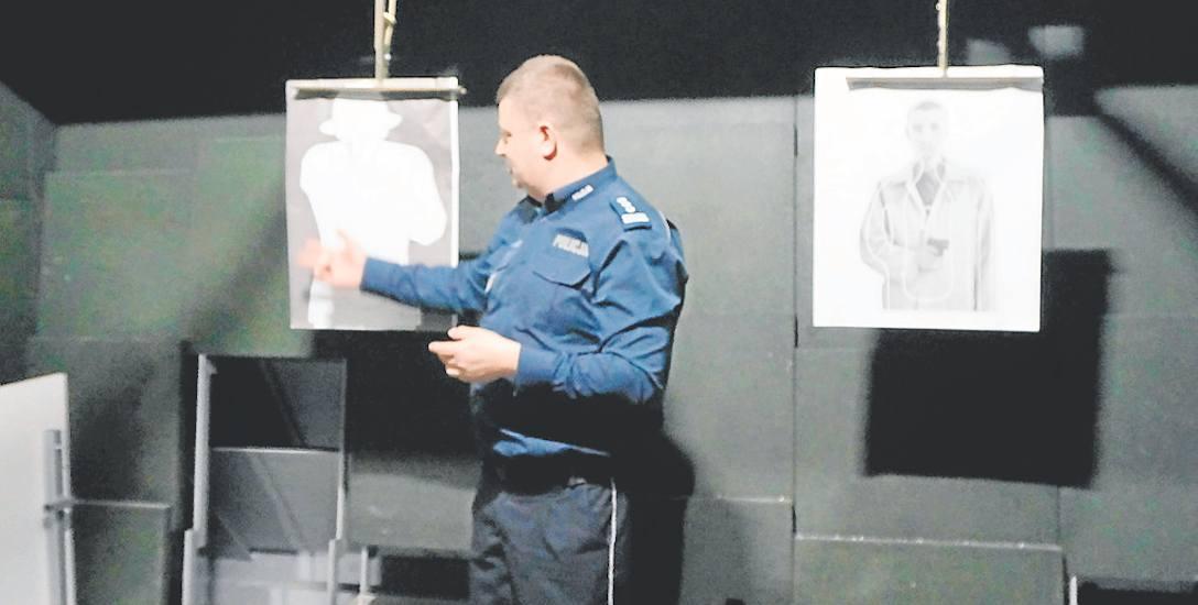 W nowej bielskiej komendzie jest m.in. 25-metrowa strzelnica. Na zdjęciu insp. Piotra Kucia
