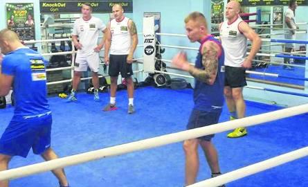 Podlasianin trenował z byłymi mistrzami świata w boksie [ZDJĘCIA]