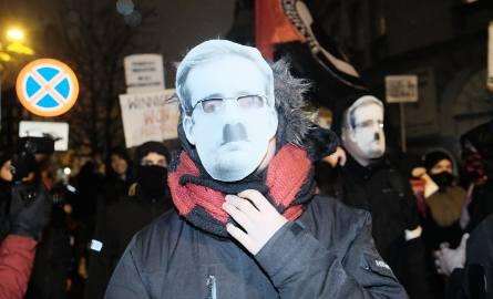 W środę w centrum Poznania pojawiły się manifestacje antyfaszystów i narodowców
