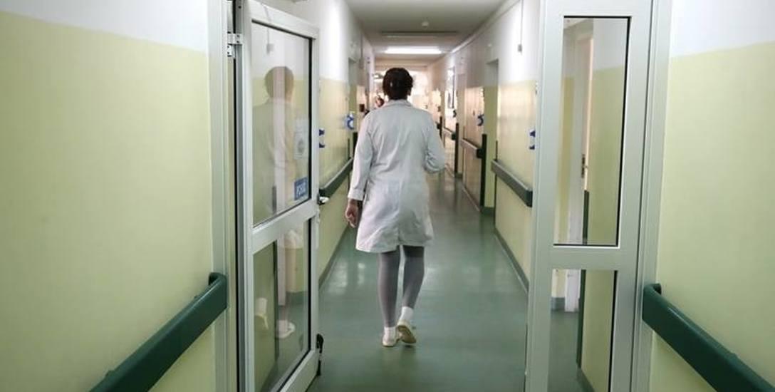 Szpitale, obciążone wydatkami na podwyżki, powinny obliczyć straty i wezwać sądowo do zapłaty Skarb Państwa