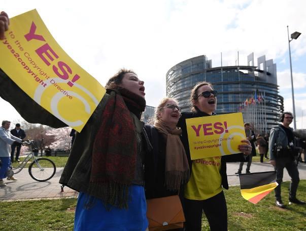 Demonstracja pod siedzibą PE w Strasburgu