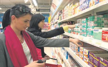 Ministerstwo Zdrowia chce zakazać sprzedaży wielu leków poza aptekami. W ten sposób resort planuje zadbać o zdrowie pacjentów. Pomysł spotkał się z poparciem