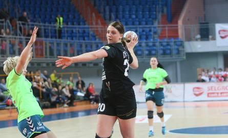 Joanna Drabik, kołowa MKS Selgros, stęskniła się już za piłką ręczną i chętnie wraca do treningów
