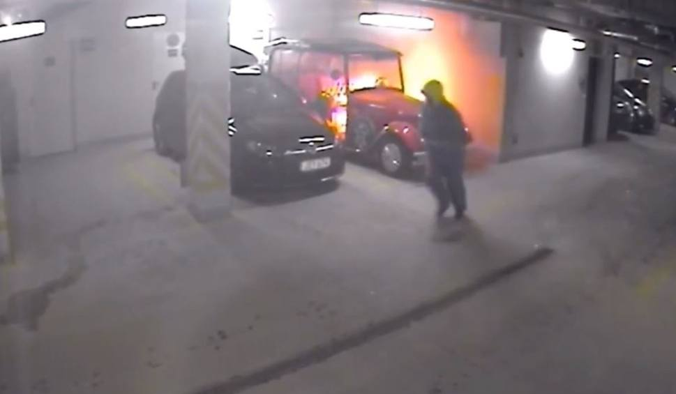 Film do artykułu: Podpalił auto w hali garażowej w Gdańsku. Policja publikuje wizerunek sprawcy [wideo]