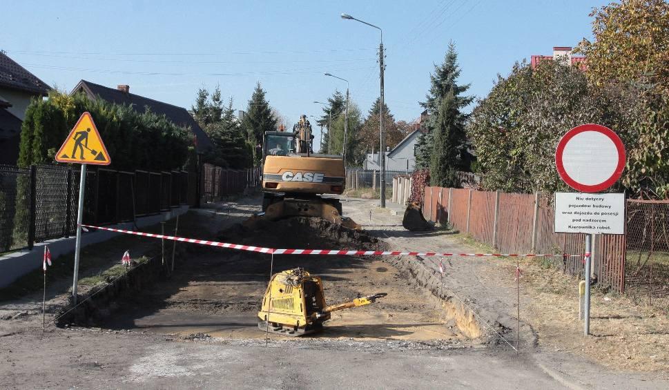Film do artykułu: Radomski Program Drogowy: budują ulicę Iglastą