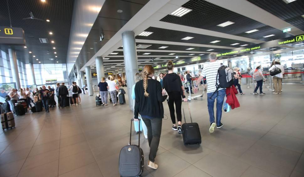 Film do artykułu: Neckermann Polska upadł. Aż 3600 polskich turystów wraca z problemami OŚWIADCZENIE BIURA PODRÓŻY [27.09.2019 r.]