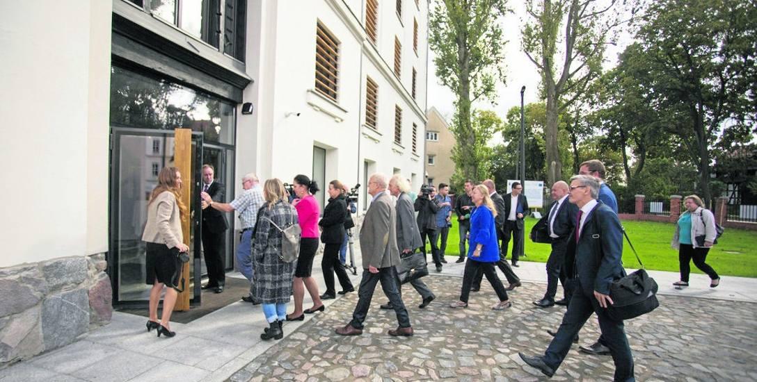 Goście z całego województwa obejrzeli stary spichlerz w nowej odsłonie