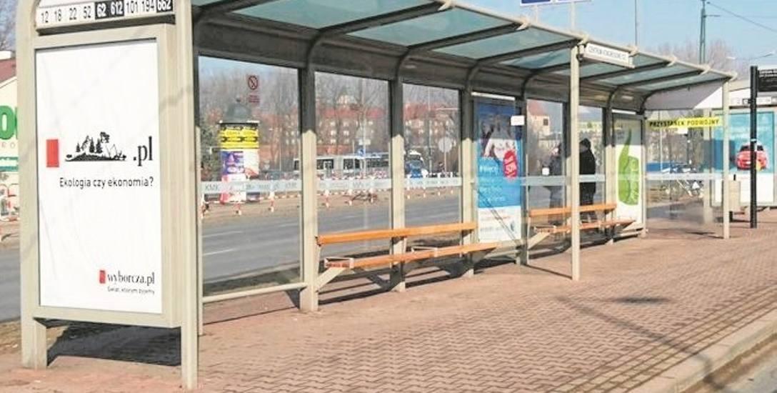 Tak wyglądać będą wiaty, które staną na dworcu autobusowym w Chrzanowie. Firma Tejbrant zamontowała je m.in. w Krakowie