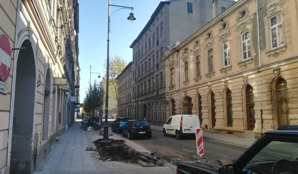 Film do artykułu: Remont Nawrot w Łodzi zakończony prawie rok po terminie! Ulica Nawrot wreszcie jest przejezdna [FILM]