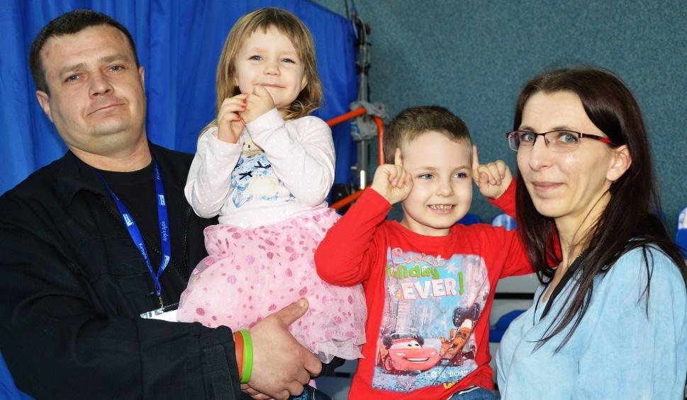 Film do artykułu: Charytatywny festyn dla Kacpra i Kai, chorych na SMA w Lipowym Polu