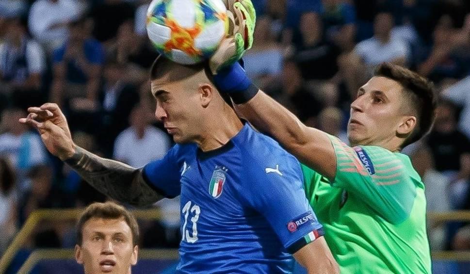 Film do artykułu: Kamil Grabara po zwycięstwie nad Włochami: Każdy się boi naszej defensywy