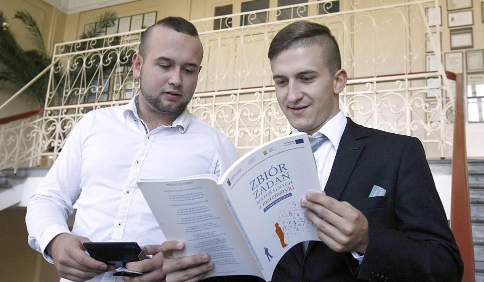 Film do artykułu: MATURA 2016. Matura poprawkowa w Łodzi. W większości zdawali matematykę