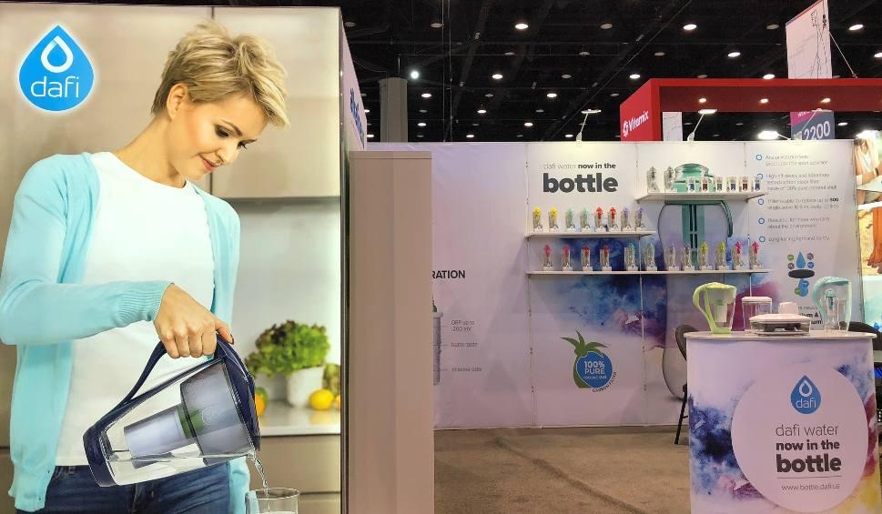 Film do artykułu: Produkty Dafi dostępne w Stanach Zjednoczonych. Najlepiej sprzedają się butelki filtrujące produkowane w fabrykach w Kielcach i w Bilczy