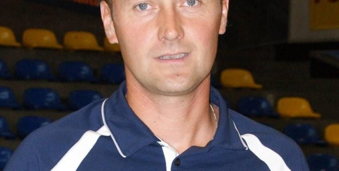 Jacek Wiśniewski karierę trenerską rozpoczął na początku 21. wieku
