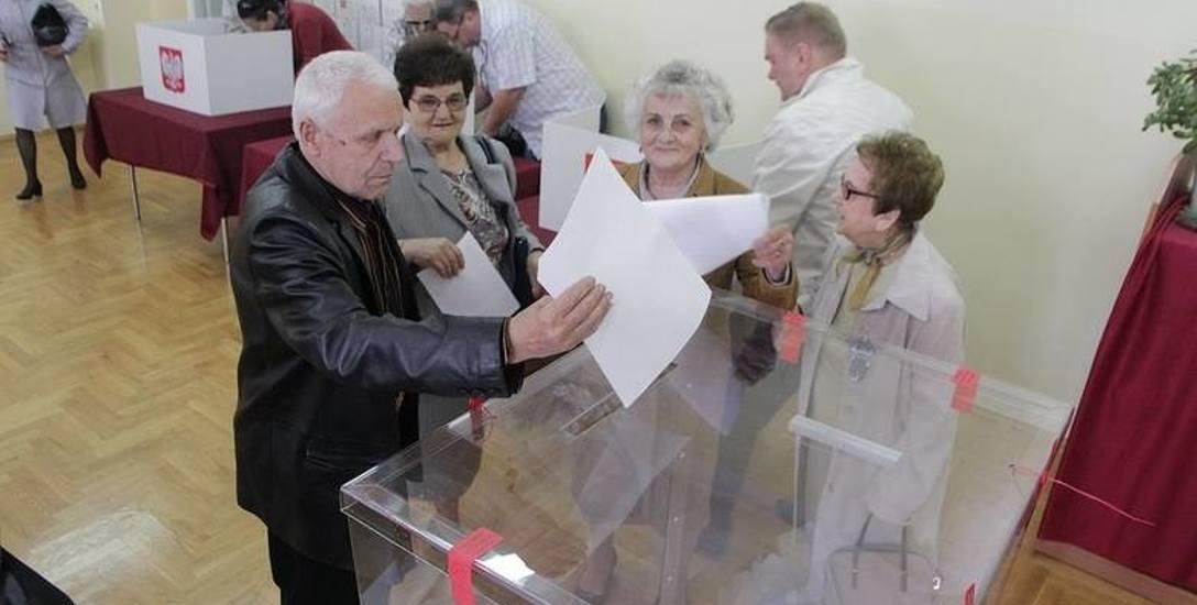W miastach i gminach powiatu włocławskiego PiS nie dało rywalom szans