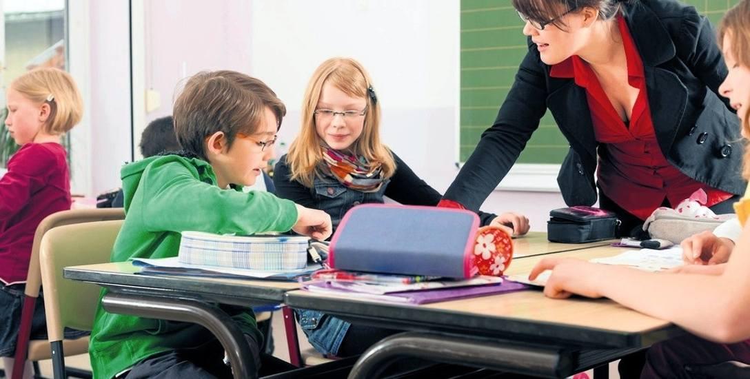 Reforma edukacji 2017. Przybyło czy ubyło etatów dla nauczycieli? Są rozbieżności