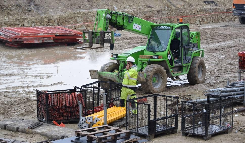 Film do artykułu: S17: Praca przy budowie obwodnicy Tomaszowa Lubelskiego wre. Zobacz zdjęcia