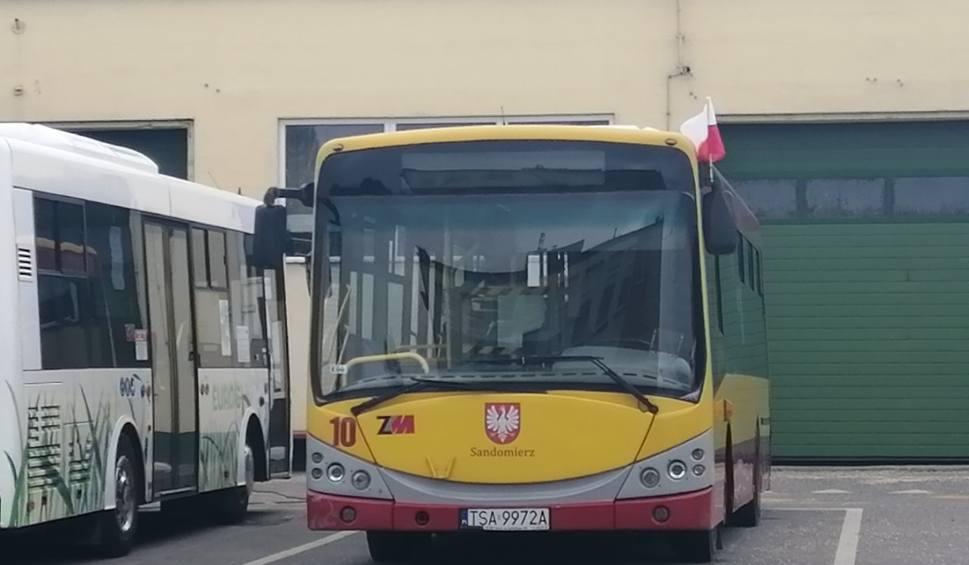 Film do artykułu: Zmiana w kursowaniu miejskiej komunikacji w Sandomierzu z powodu zamknięcia cmentarzy
