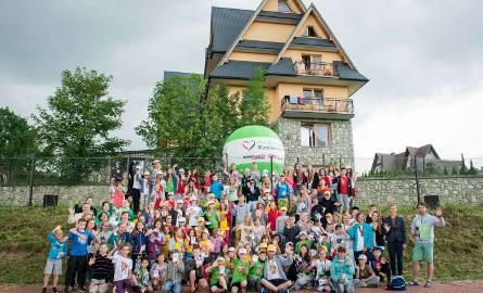 """Niemal 1000 dzieci z całej Polski wróciło z kolonii zorganizowanych przez Fundację Muszkieterów. Wśród nich znalazło się niemal 30 """"Małych Muszkieterów"""""""