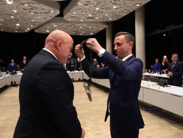 Ile zarabia marszałek woj. lubelskiego? Sejmik zdecydował o pensji Jarosława Stawiarskiego