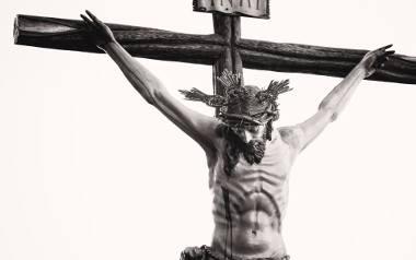 Tajemnica Wielkiej Nocy. Chrystus był Bogiem, ale nie superbohaterem