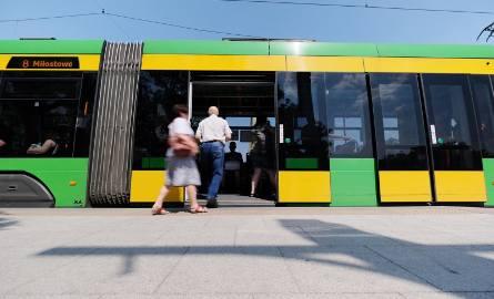 Celem Dnia bez Samochodu jest przekonanie kierowców do korzystania z komunikacji miejskiej.
