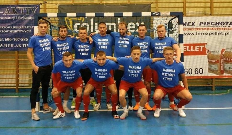 Film do artykułu: Remis Maxfarbex Buskowianki w pierwszej lidze i specjalna dedykacja dla Wojtka Przybyła