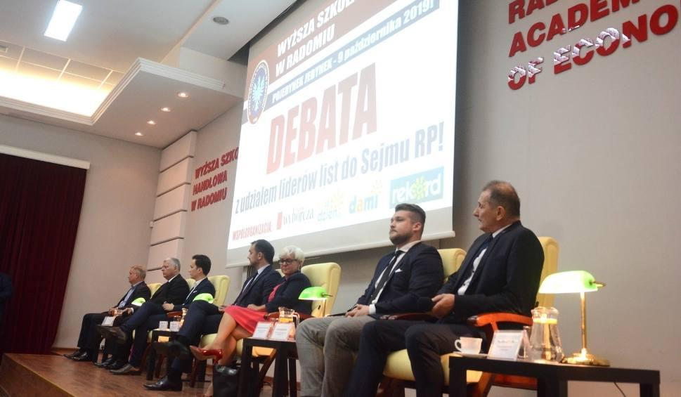 Film do artykułu: Pojedynek Jedynek w Radomiu. Debata kandydatów w Wyższej Szkole Handlowej. Od okupacji izraelskiej po szkodliwe szczepionki