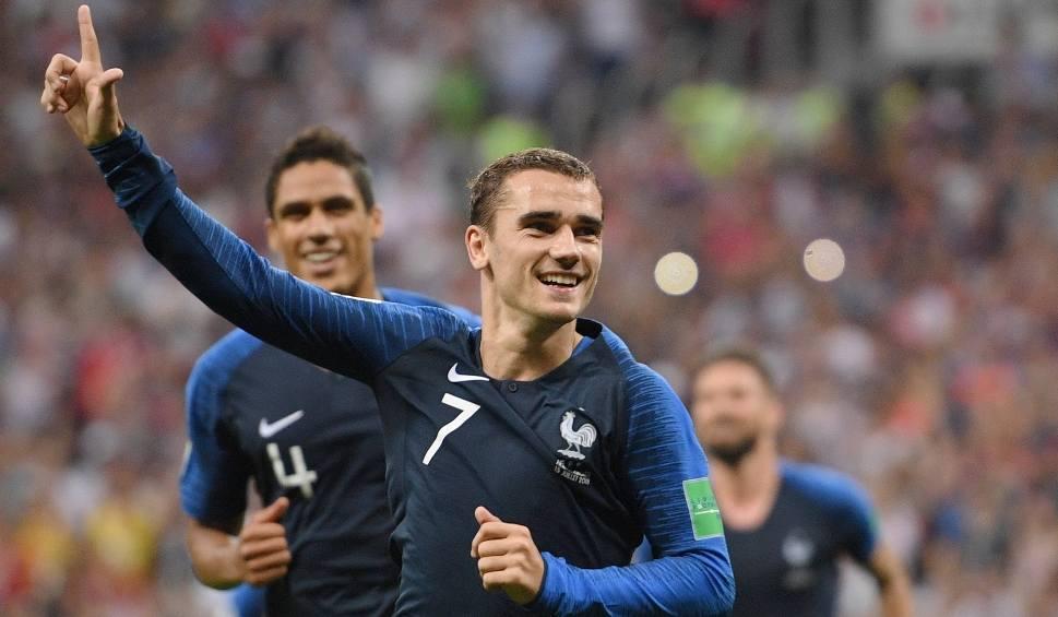 Film do artykułu: Francja - Chorwacja 4:2. Antoine Griezmann i Kylian Mbappé poprowadzili Trójkolorowych do mistrzostwa świata [OCENY]