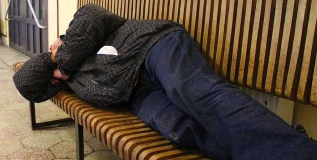 Bezdomni dostają nawet 4 tysiące złotych miesięcznie