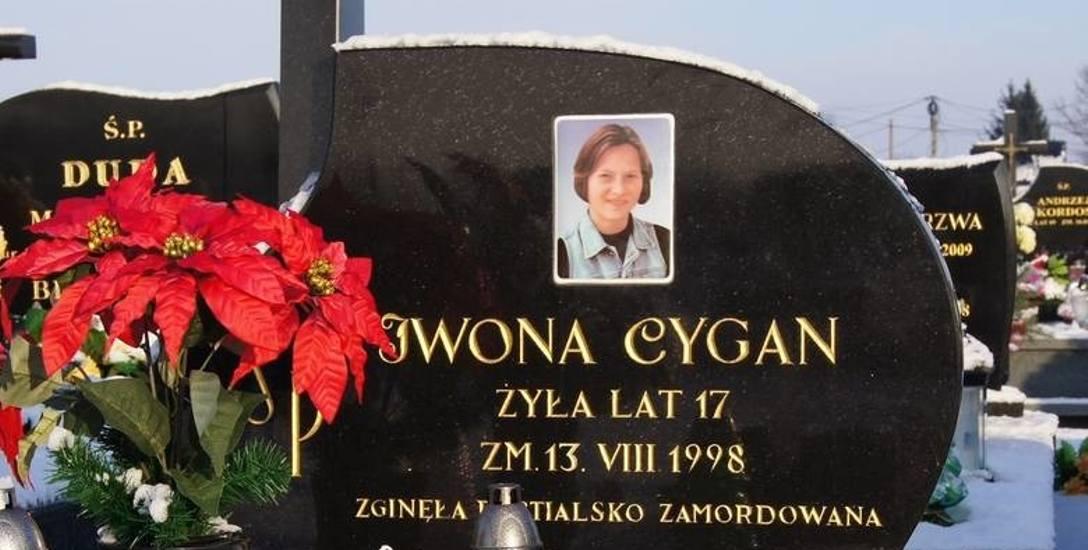 Iwona Cygan, dziewczyna, która nie wierzyła w zło, najpewniej została zamordowana przez ludzi, którym ufała...