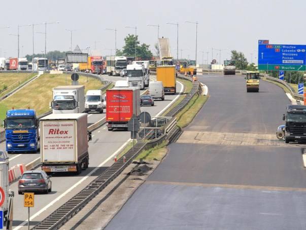 Pamiętacie zeszłoroczne remonty autostrady A4 pod Wrocławiem? To jeszcze nie koniec tych prac. Generalna Dyrekcja Dróg Krajowych i Autostrad we Wrocławiu