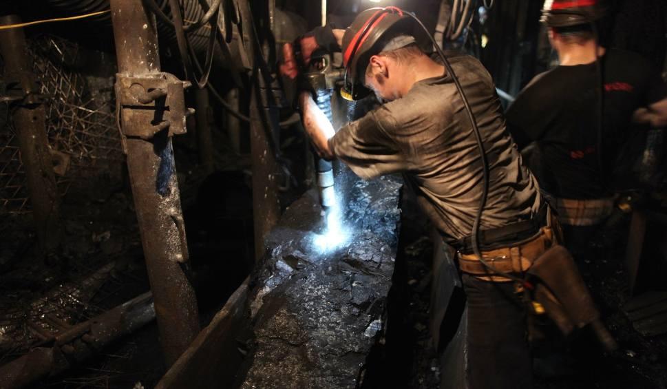 Film do artykułu: Wypadek w KWK Knurów - Szczygłowice. Dwóch górników w szpitalu