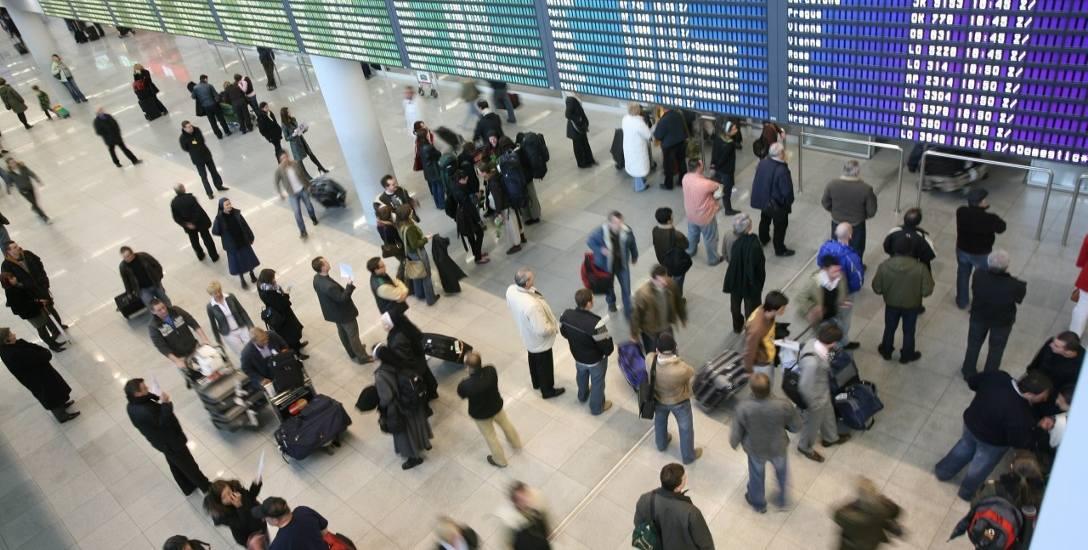 Na całym świecie linie lotnicze przewożą rocznie grubo ponad 3 miliardy pasażerów