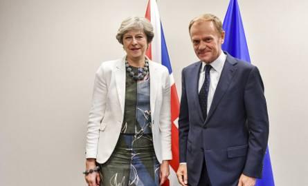 Szczyt UE: Pomoc Włochom, szansa na drugą fazę rozmów o Brexicie i cisza na temat Katalonii