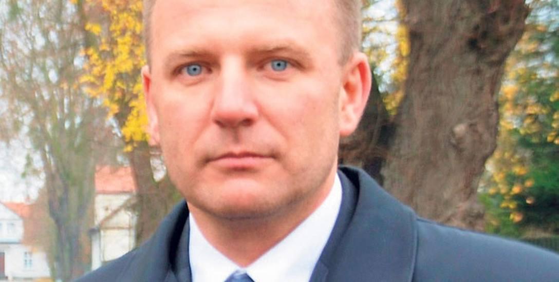 Dariusz Górski nie widzi przeciwwskazań w pełnieniu funkcji radnego przez policjanta, jeśli nie występuje on w imieniu partii
