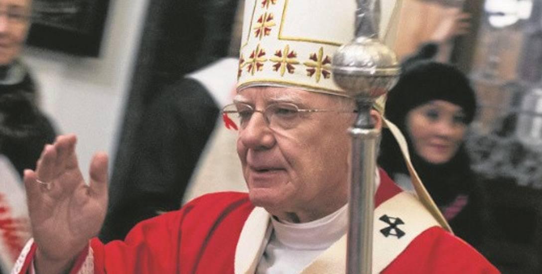 Mimo sprzeciwu wiernych, abp Marek Jędraszewski pewnie wygłosi homilię w Piekarach Śląskich 26 maja 2019 r.