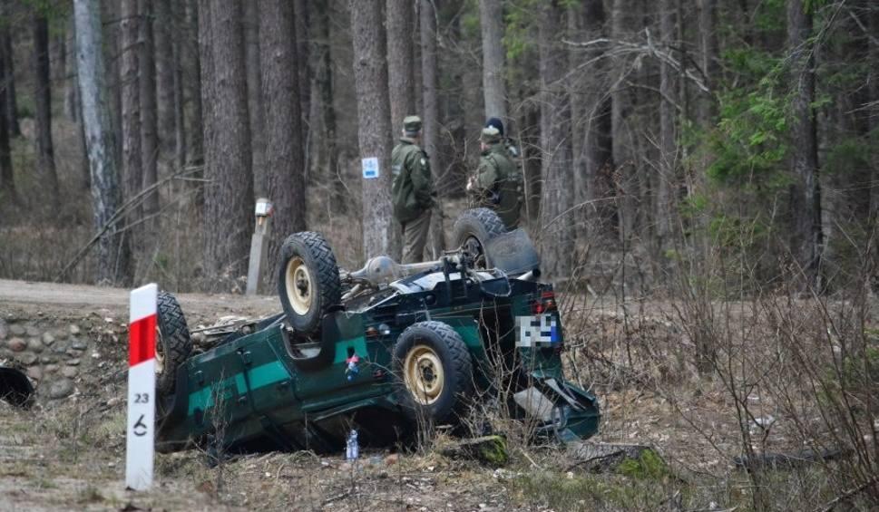 Film do artykułu: Sokołda. Wypadek na trasie Supraśl - Krynki. Rannych pięć osób. To funkcjonariusze Straży Granicznej (zdjęcia)